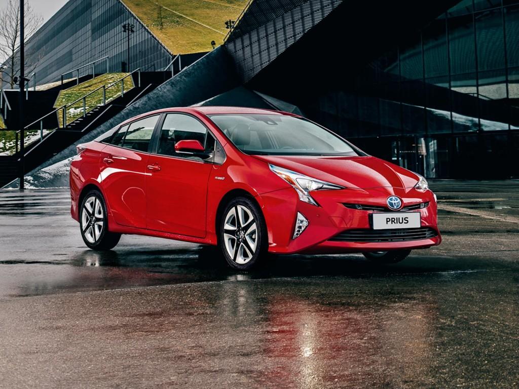 6_Toyota_Prius_hibrid